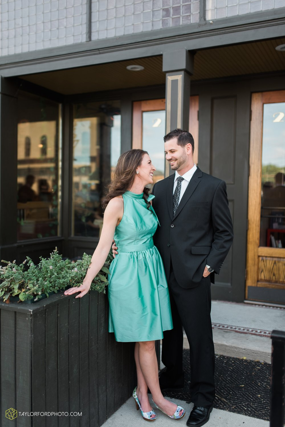 celina-coldwarter-ohio-engagement-wedding-photographer-Taylor-Ford-Photography-Ohio-Indiana_2274.jpg