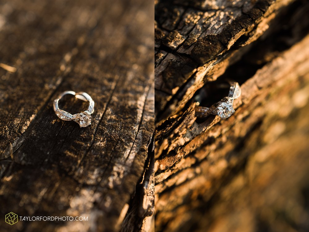 celina-coldwarter-ohio-engagement-wedding-photographer-Taylor-Ford-Photography-Ohio-Indiana_2302.jpg