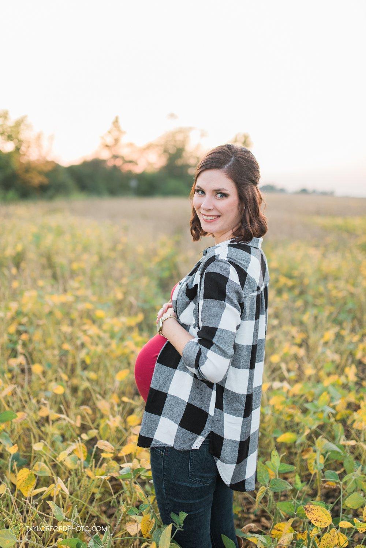 van-wert-ohio-fort-wayne-indiana-maternity-photographer-Taylor-Ford-Photography-Ohio-Indiana_2378.jpg