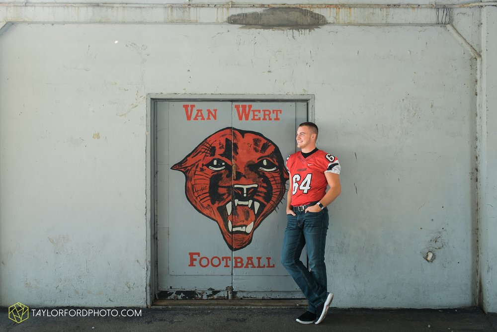 van-wert-ohio-fort-wayne-indiana-senior-photographer-Taylor-Ford-Photography-Ohio-Indiana-van-wert-high-school_2490.jpg
