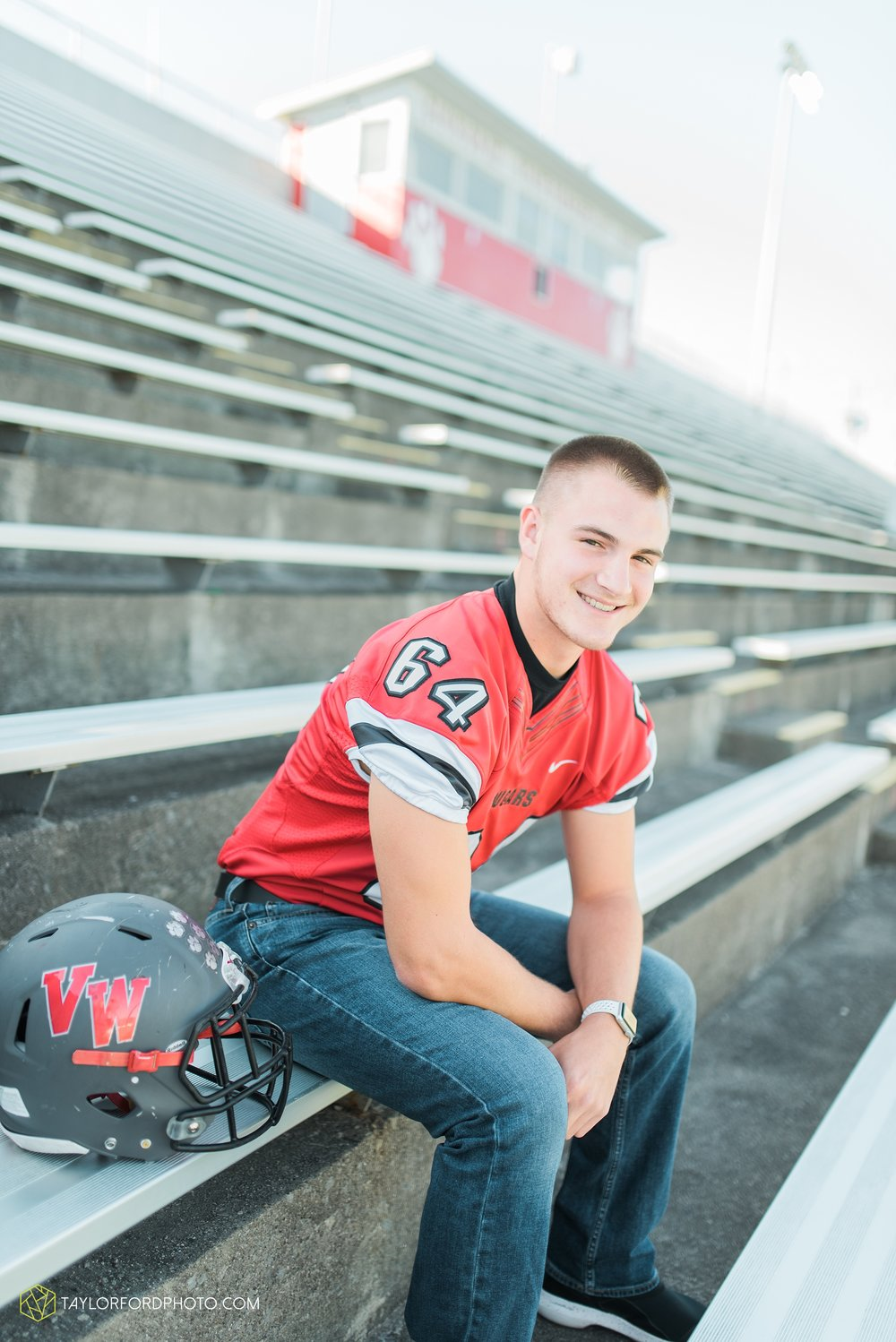 van-wert-ohio-fort-wayne-indiana-senior-photographer-Taylor-Ford-Photography-Ohio-Indiana-van-wert-high-school_2494.jpg