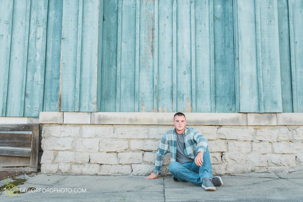 van-wert-ohio-fort-wayne-indiana-senior-photographer-Taylor-Ford-Photography-Ohio-Indiana-van-wert-high-school_2507.jpg
