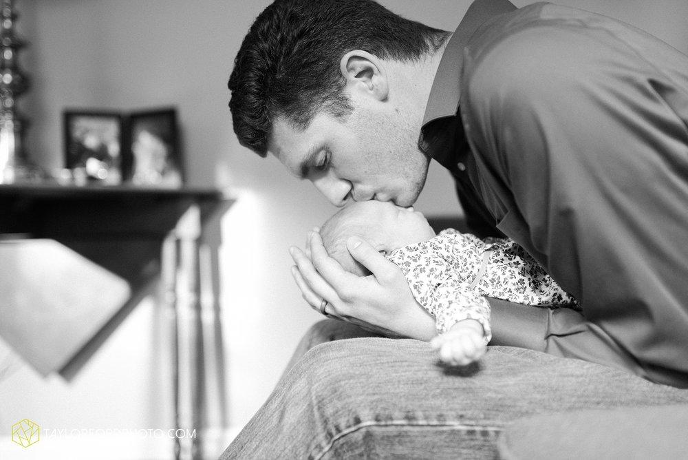 lansing-michigan-newborn-fort-wayne-indiana-family-photographer-Taylor-Ford-Photography-Ohio-Indiana_2712.jpg