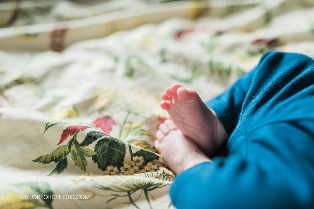 lansing-michigan-newborn-fort-wayne-indiana-family-photographer-Taylor-Ford-Photography-Ohio-Indiana_2717.jpg