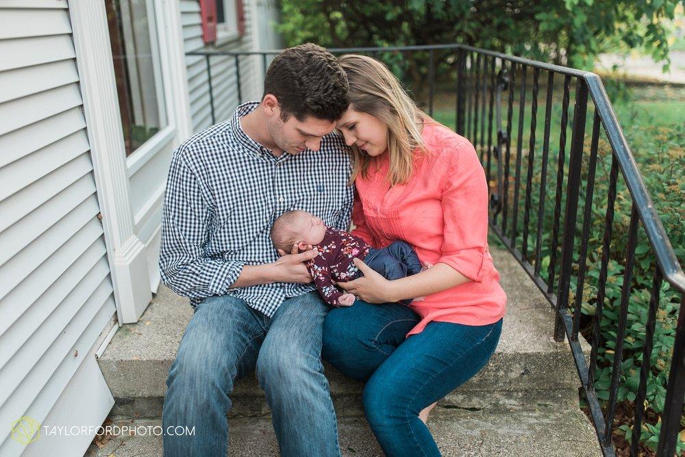 lansing-michigan-newborn-fort-wayne-indiana-family-photographer-Taylor-Ford-Photography-Ohio-Indiana_2731.jpg