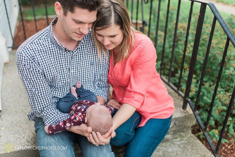 lansing-michigan-newborn-fort-wayne-indiana-family-photographer-Taylor-Ford-Photography-Ohio-Indiana_2734.jpg