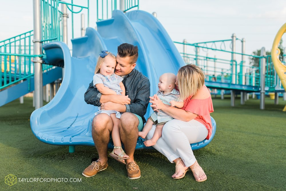 fort-wayne-indiana-family-photographer-Taylor-Ford-Photography-Ohio-Indiana_2689.jpg