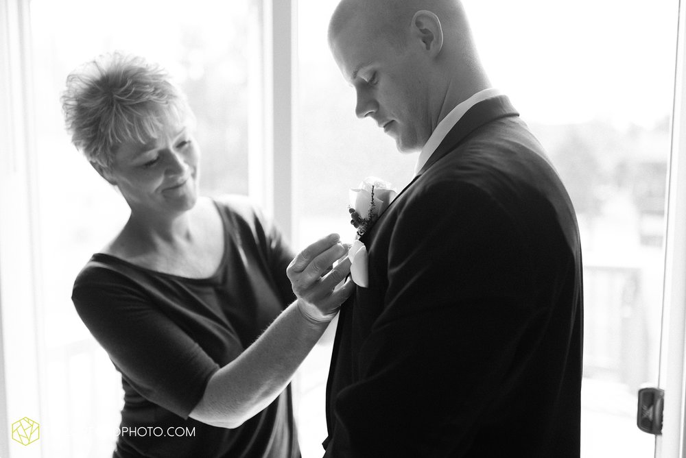 charlotte-battlecreek-michigan-wedding-photographer-Taylor-Ford-Photography-Ohio-Indiana_2852.jpg