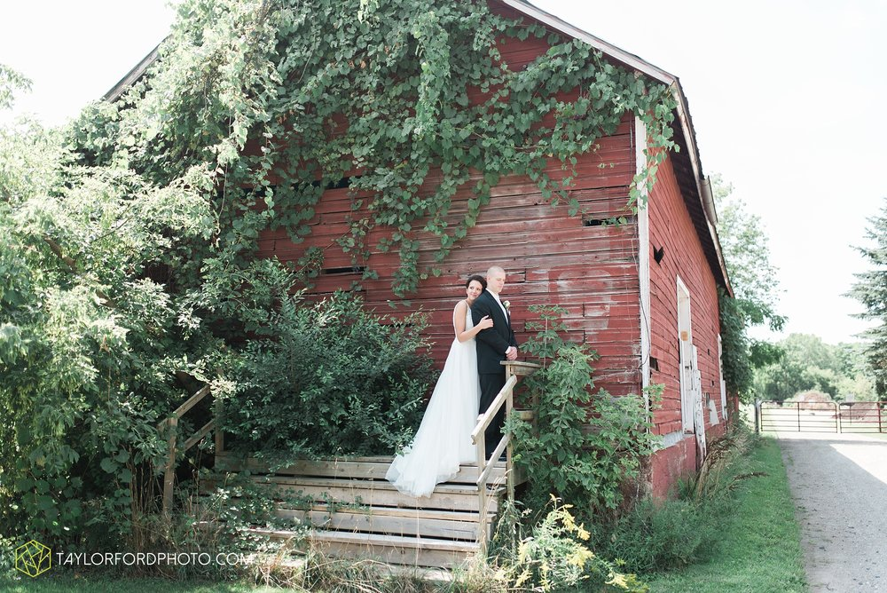 charlotte-battlecreek-michigan-wedding-photographer-Taylor-Ford-Photography-Ohio-Indiana_2875.jpg