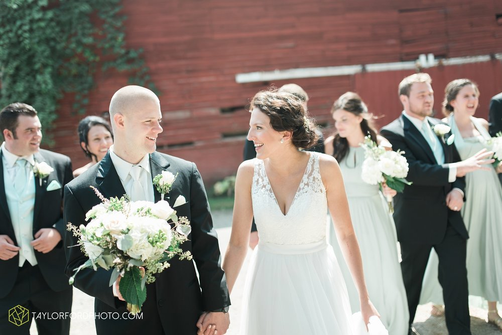 charlotte-battlecreek-michigan-wedding-photographer-Taylor-Ford-Photography-Ohio-Indiana_2882.jpg