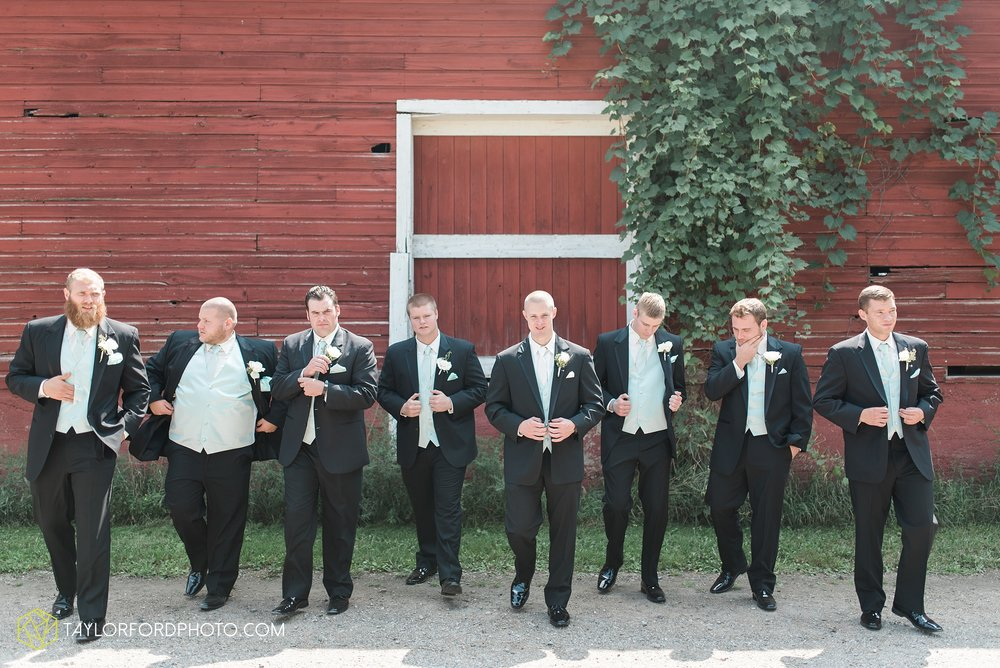 charlotte-battlecreek-michigan-wedding-photographer-Taylor-Ford-Photography-Ohio-Indiana_2893.jpg