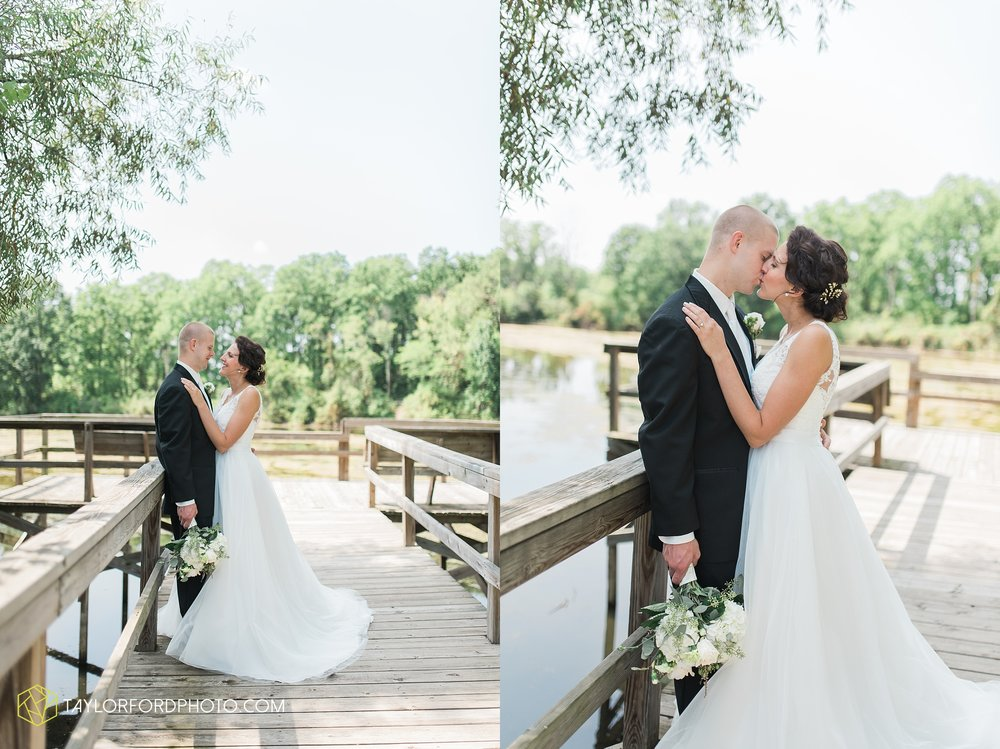 charlotte-battlecreek-michigan-wedding-photographer-Taylor-Ford-Photography-Ohio-Indiana_2910.jpg