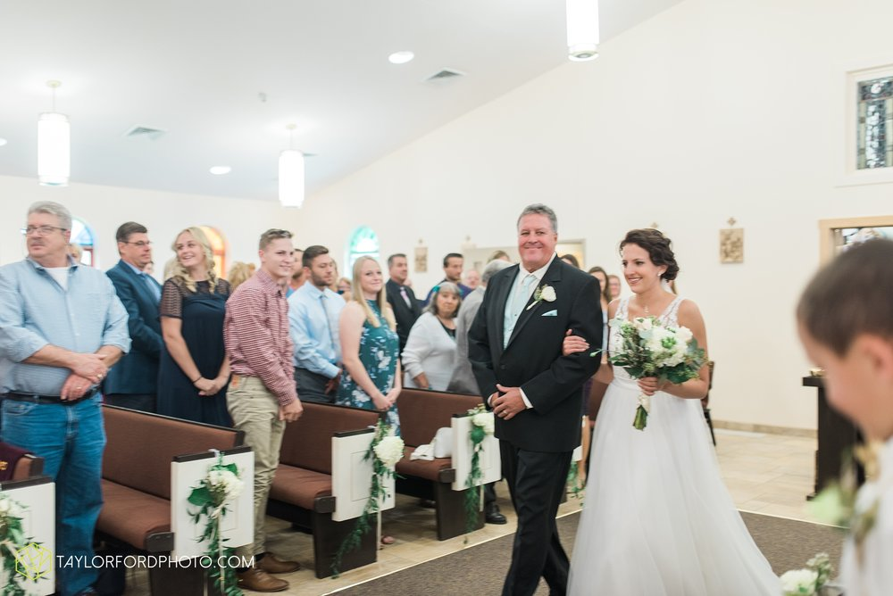 charlotte-battlecreek-michigan-wedding-photographer-Taylor-Ford-Photography-Ohio-Indiana_2921.jpg