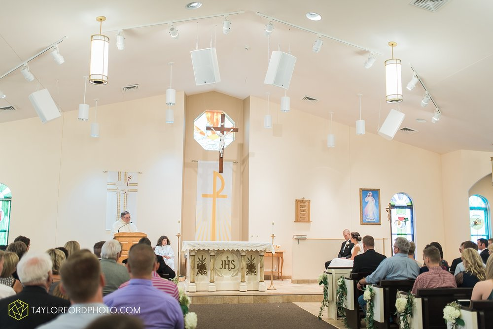 charlotte-battlecreek-michigan-wedding-photographer-Taylor-Ford-Photography-Ohio-Indiana_2924.jpg