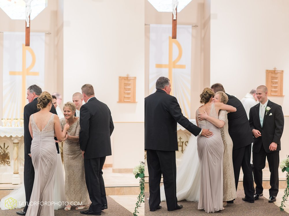 charlotte-battlecreek-michigan-wedding-photographer-Taylor-Ford-Photography-Ohio-Indiana_2925.jpg