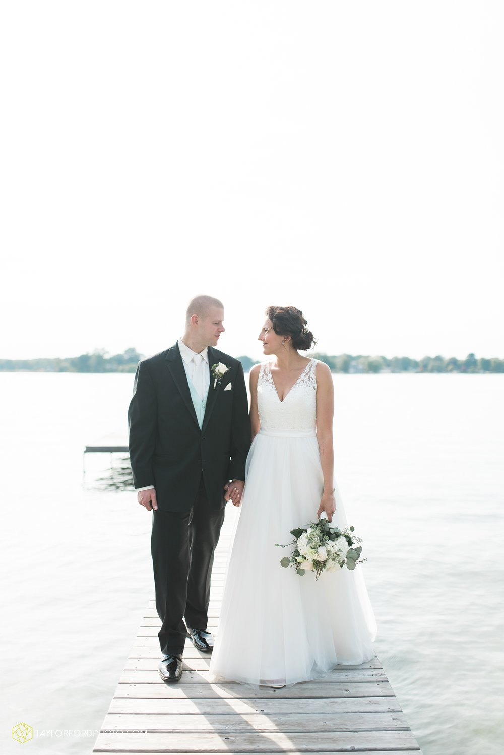 charlotte-battlecreek-michigan-wedding-photographer-Taylor-Ford-Photography-Ohio-Indiana_2944.jpg