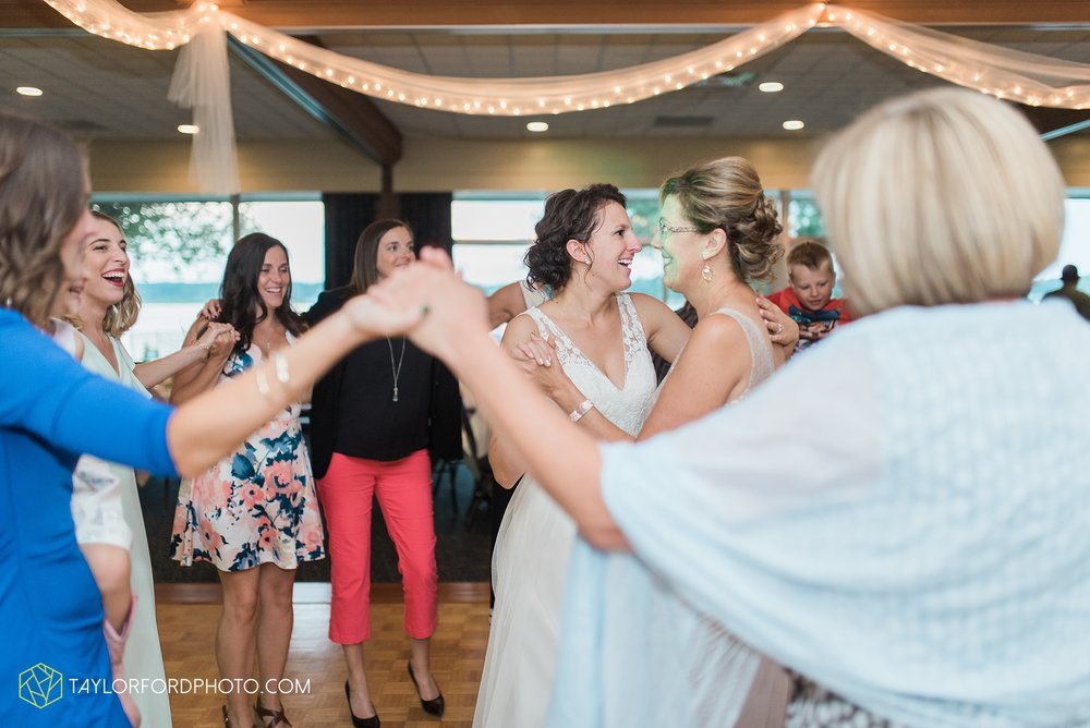 charlotte-battlecreek-michigan-wedding-photographer-Taylor-Ford-Photography-Ohio-Indiana_2962.jpg
