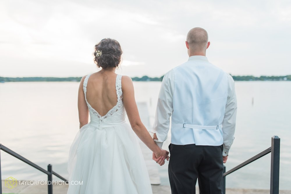 charlotte-battlecreek-michigan-wedding-photographer-Taylor-Ford-Photography-Ohio-Indiana_2965.jpg