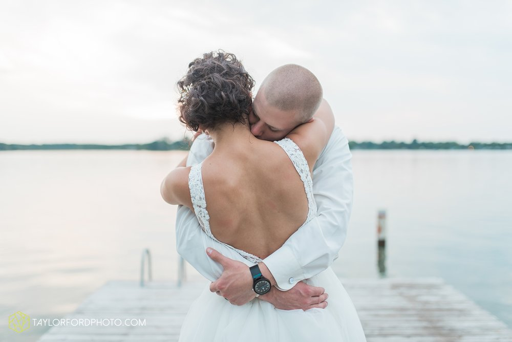 charlotte-battlecreek-michigan-wedding-photographer-Taylor-Ford-Photography-Ohio-Indiana_2971.jpg