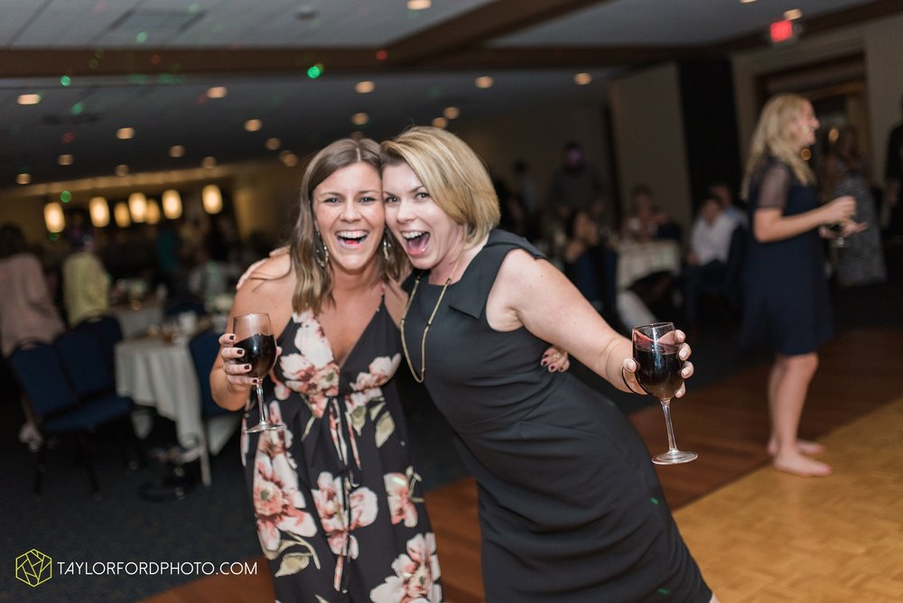 charlotte-battlecreek-michigan-wedding-photographer-Taylor-Ford-Photography-Ohio-Indiana_2993.jpg