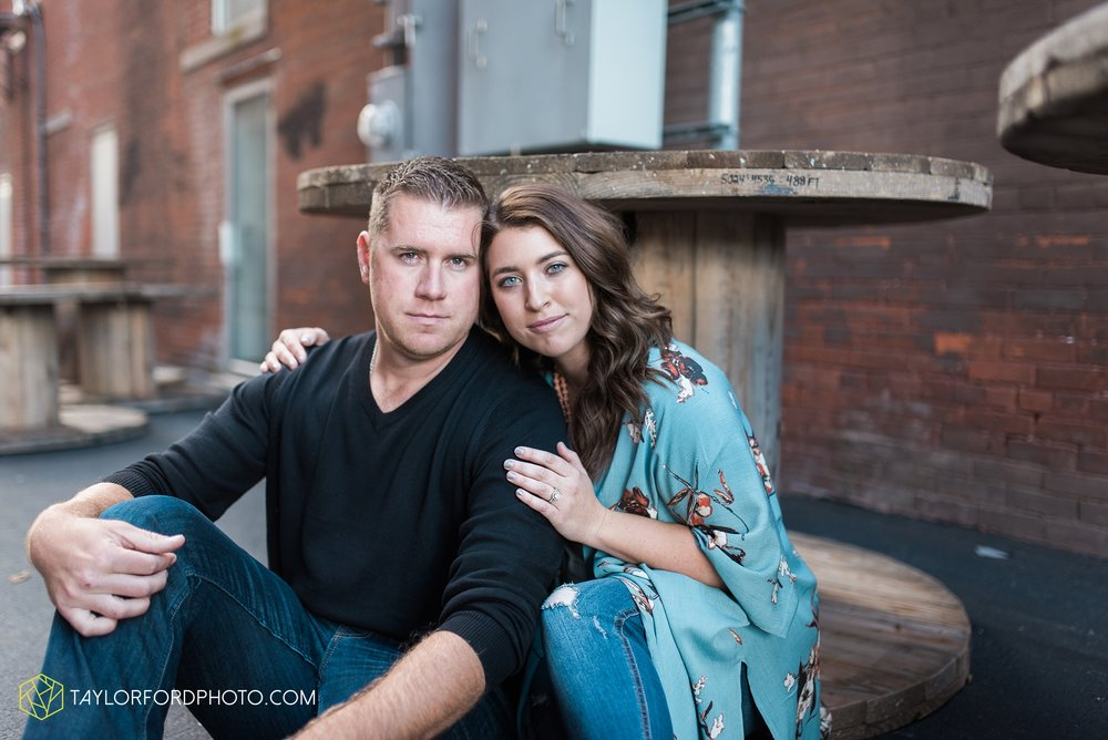 van-wert-ohio-engagement-wedding-photographer-Taylor-Ford-Photography_3600.jpg