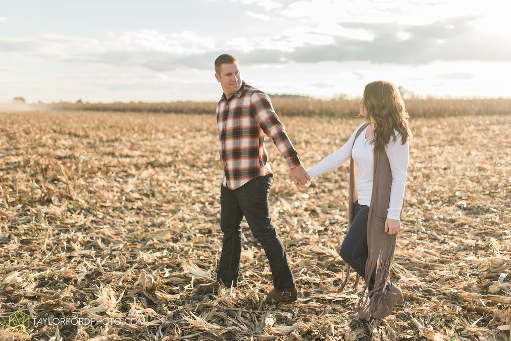 van-wert-ohio-engagement-wedding-photographer-Taylor-Ford-Photography_3611.jpg