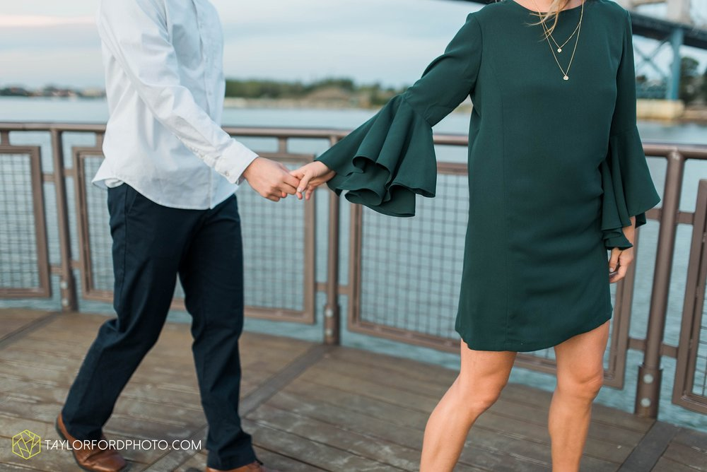 toledo-ohio-engagement-wedding-photographer-Taylor-Ford-Photography-oaks-openings-toledo-metro_3692.jpg