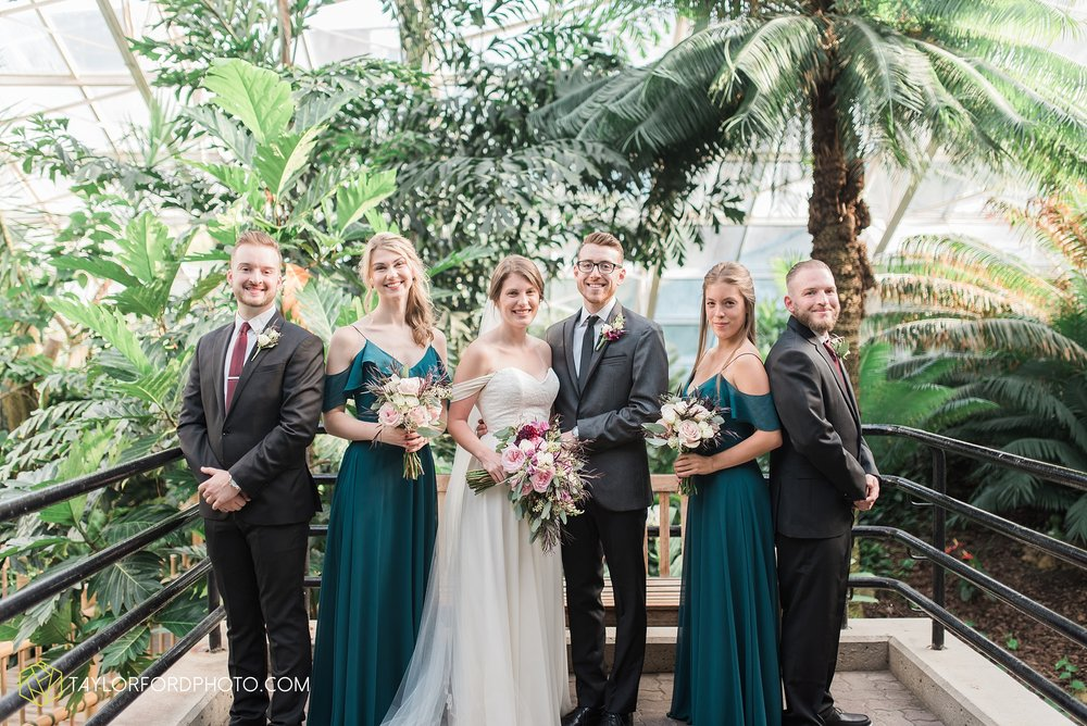fort-wayne-indiana-wedding-photographer-Taylor-Ford-Photography-foellinger-freimann-botanical-conservatory_3959.jpg
