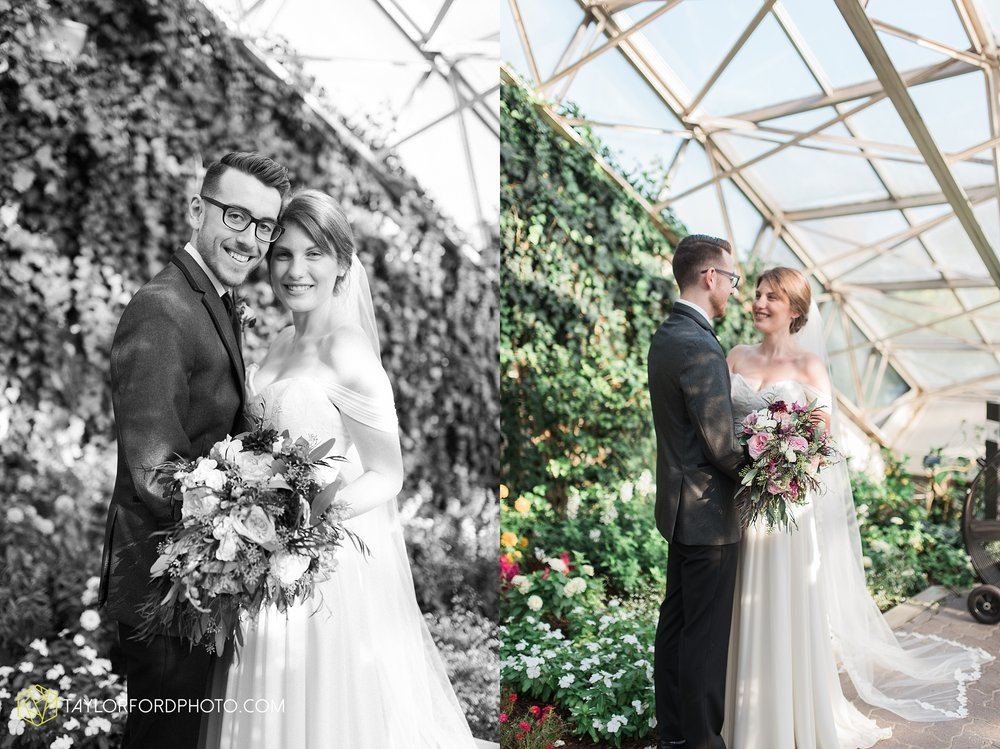 fort-wayne-indiana-wedding-photographer-Taylor-Ford-Photography-foellinger-freimann-botanical-conservatory_3969.jpg