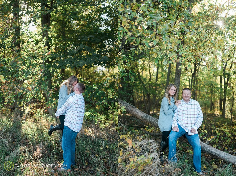 van-wert-ohio-engagement-wedding-photographer-Taylor-Ford-Photography-fall-farm-nature_4080.jpg