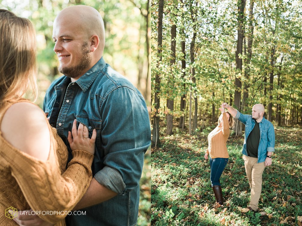 van-wert-ohio-engagement-wedding-photographer-Taylor-Ford-Photography-fall-farm-nature_4139.jpg