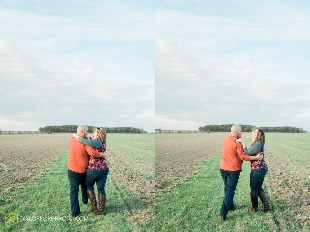 van-wert-ohio-engagement-wedding-photographer-Taylor-Ford-Photography-fall-farm-nature_4149.jpg