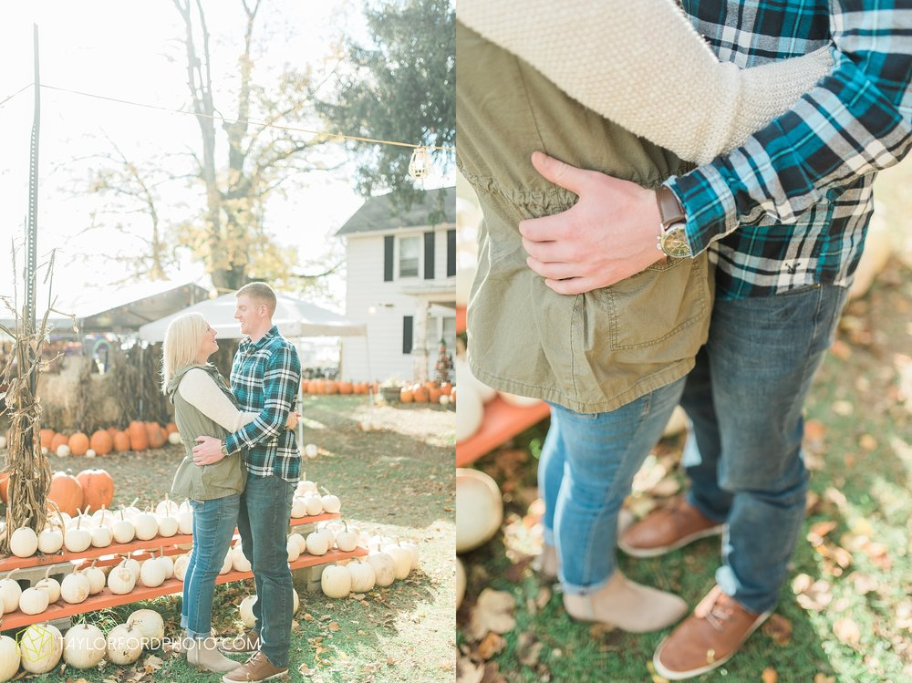fort-wayne-leo-indiana-engagement-wedding-photographer-Taylor-Ford-Photography-fall-farm-nature-october-pumpkin-patch_4158.jpg