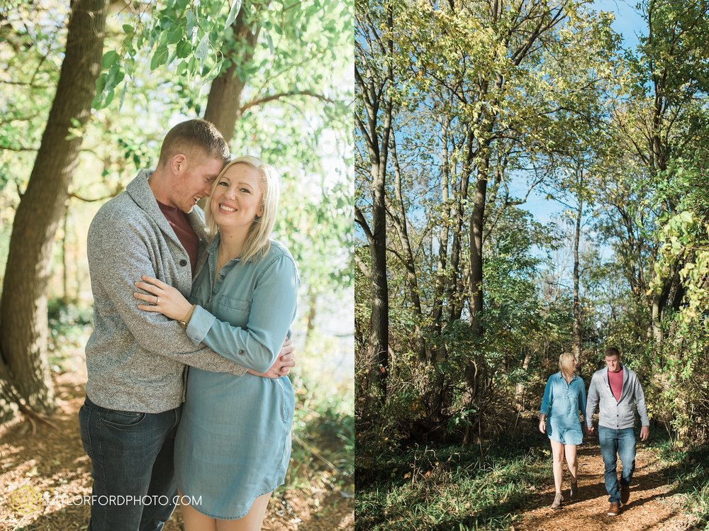 fort-wayne-leo-indiana-engagement-wedding-photographer-Taylor-Ford-Photography-fall-farm-nature-october-pumpkin-patch_4180.jpg
