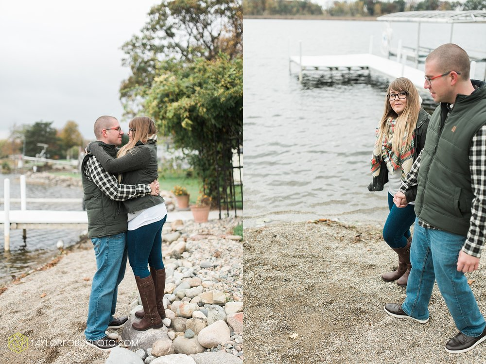 angola-indiana-crooked-lake-engagement-wedding-photographer-Taylor-Ford-Photography-winter-frozen-lake_4242.jpg