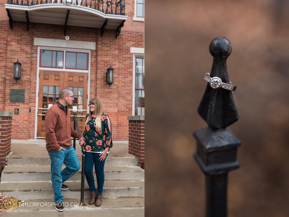 angola-indiana-crooked-lake-engagement-wedding-photographer-Taylor-Ford-Photography-winter-frozen-lake_4259.jpg