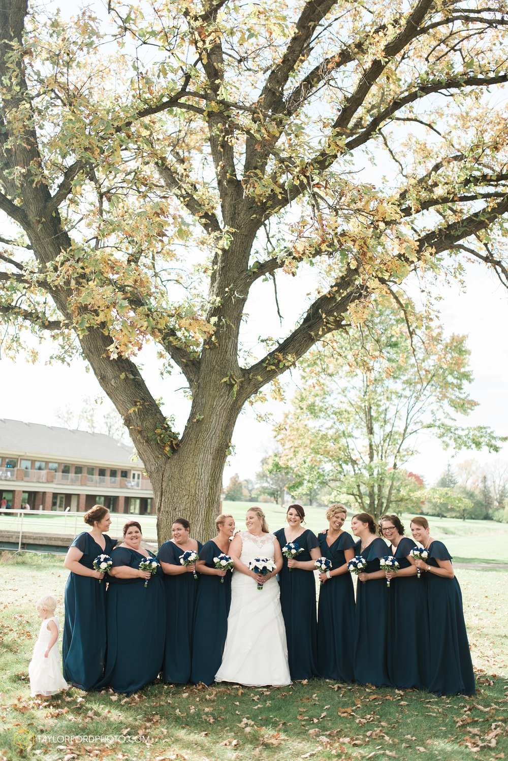 van-wert-ohio-wedding-photographer-Taylor-Ford-Photography-saint-marys-assumption-willow-bend-golf-course_4319.jpg