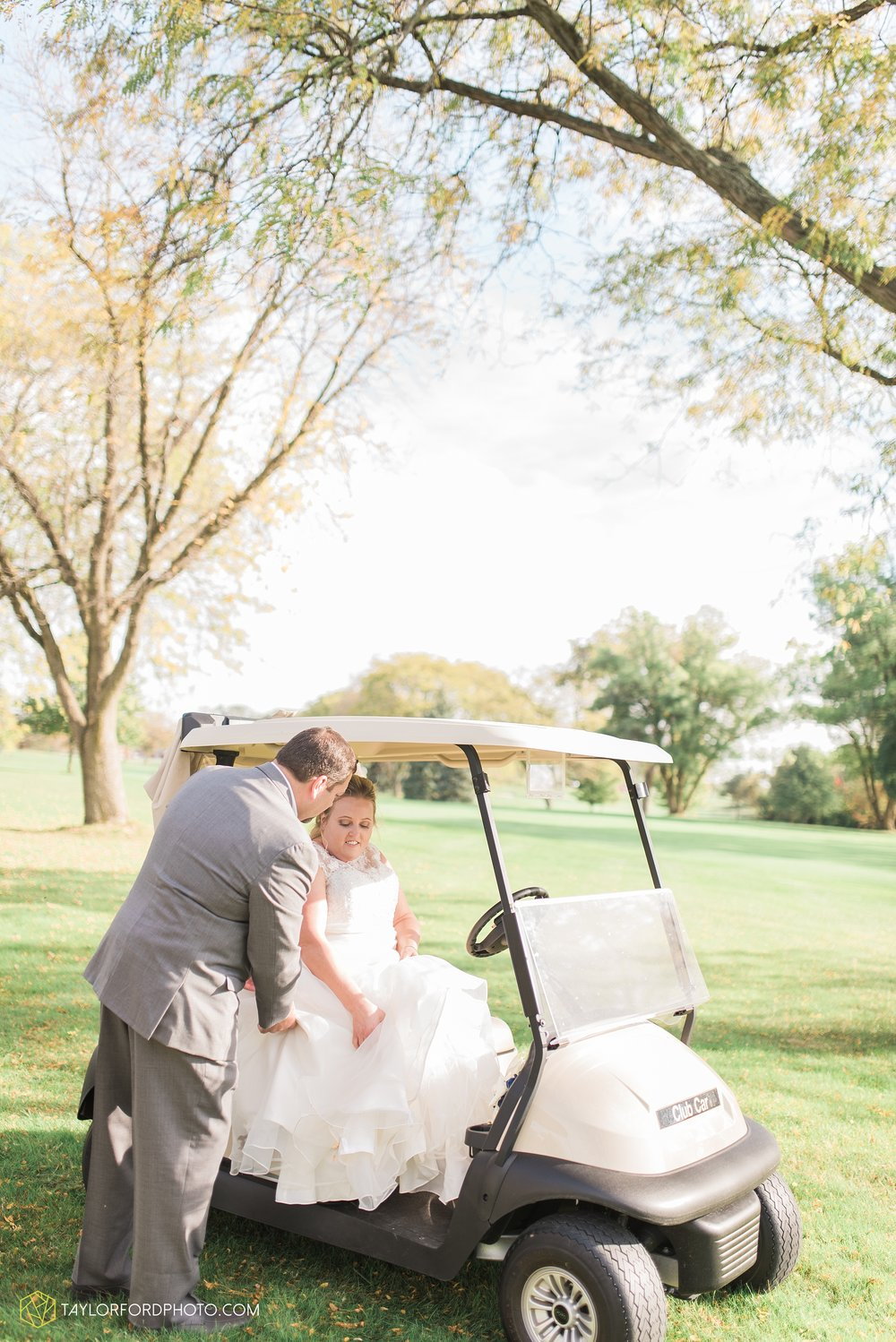 van-wert-ohio-wedding-photographer-Taylor-Ford-Photography-saint-marys-assumption-willow-bend-golf-course_4336.jpg