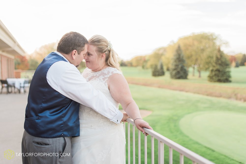 van-wert-ohio-wedding-photographer-Taylor-Ford-Photography-saint-marys-assumption-willow-bend-golf-course_4364.jpg