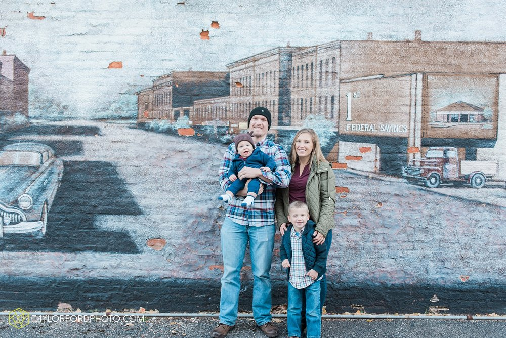 van-wert-ohio-family-photographer-downtown-urban-Taylor-Ford-Photography_4617.jpg