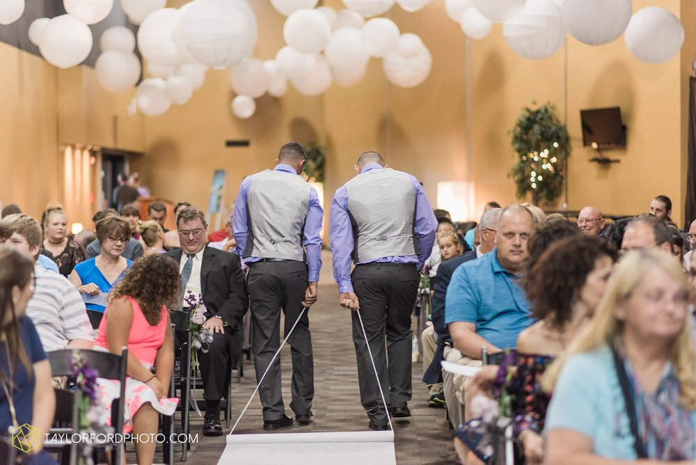 fort-wayne-indiana-wedding-photographer-cerutis-banquet-and-event-center-homewood-suites-by-hilton-Taylor-Ford-Photography_4709.jpg
