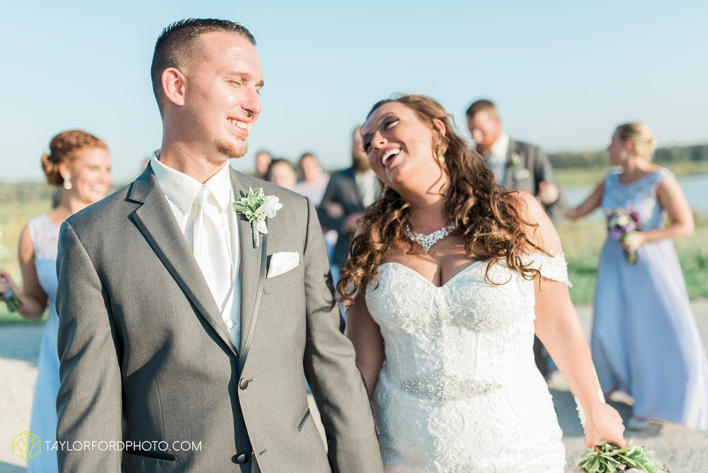 fort-wayne-indiana-wedding-photographer-cerutis-banquet-and-event-center-homewood-suites-by-hilton-Taylor-Ford-Photography_4789.jpg