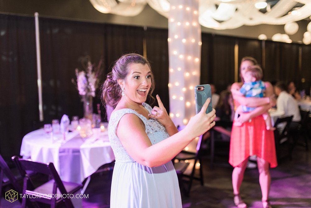 fort-wayne-indiana-wedding-photographer-cerutis-banquet-and-event-center-homewood-suites-by-hilton-Taylor-Ford-Photography_4813.jpg