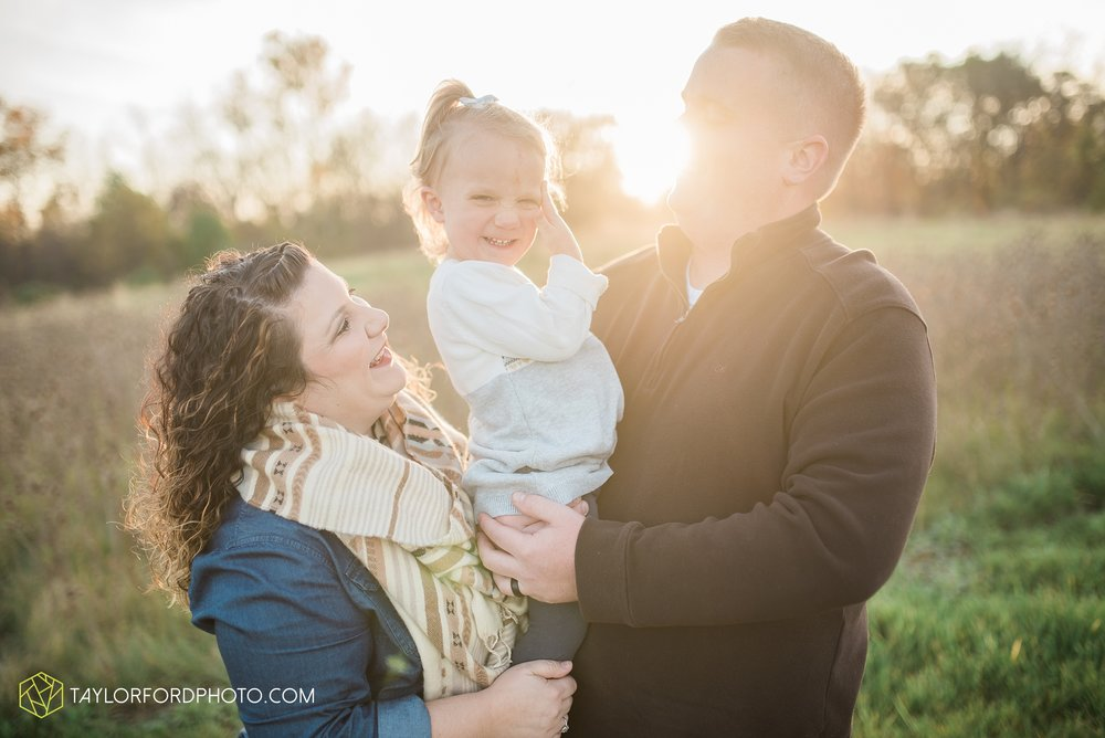 fort-wayne-indiana-family-photographer-nature-outdoor-Taylor-Ford-Photography_4578.jpg
