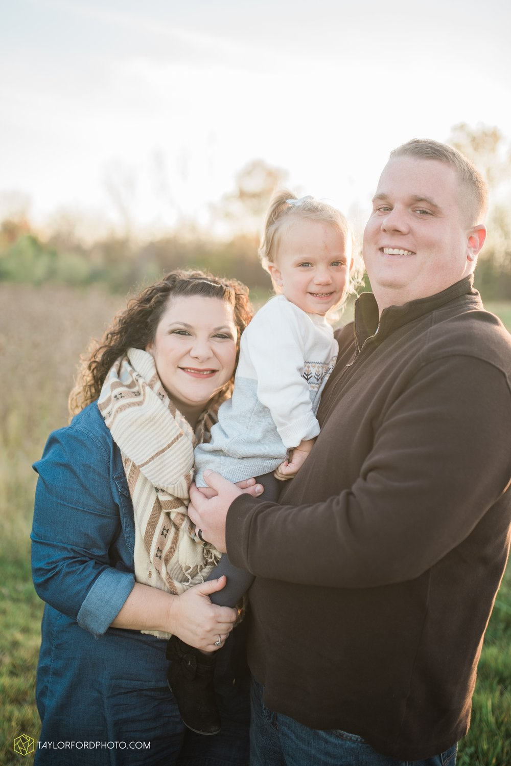 fort-wayne-indiana-family-photographer-nature-outdoor-Taylor-Ford-Photography_4579.jpg