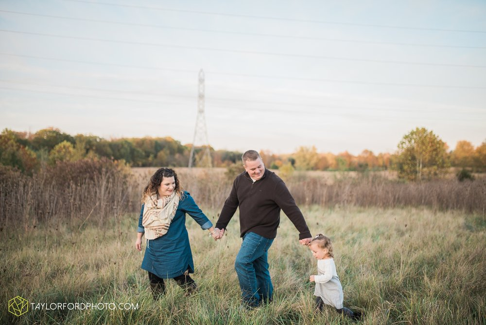 fort-wayne-indiana-family-photographer-nature-outdoor-Taylor-Ford-Photography_4591.jpg