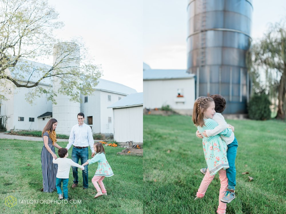 fort-wayne-indiana-family-photographer-leo-cederville-farm-nature-session-Taylor-Ford-Photography_4882.jpg
