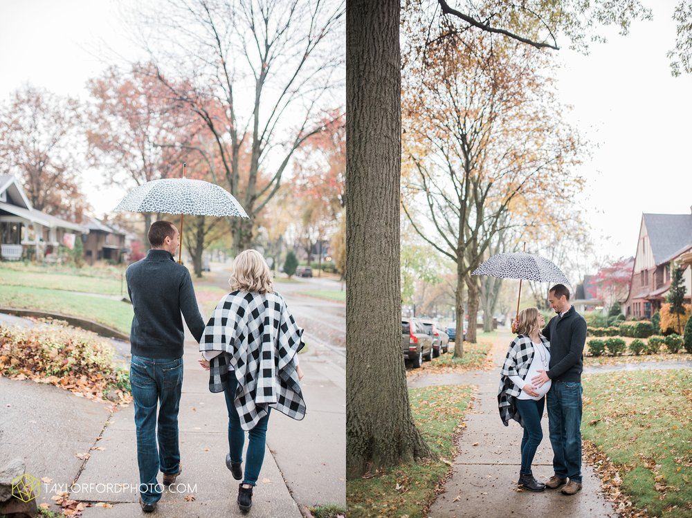 fort-wayne-indiana-family-maternity-photographer-at-home-lifestyle-Taylor-Ford-Photography_4962.jpg