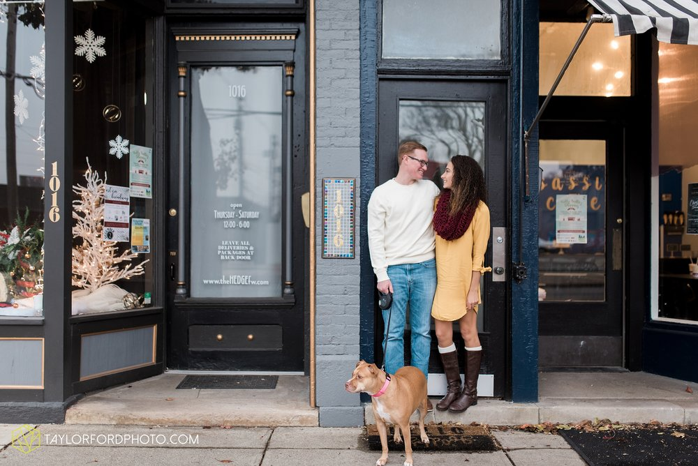 fort-wayne-indiana-engagement-photographer-rainy-day-session-Taylor-Ford-Photography_5011.jpg
