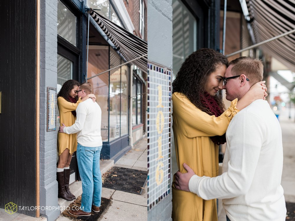 fort-wayne-indiana-engagement-photographer-rainy-day-session-Taylor-Ford-Photography_5013.jpg